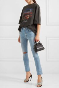 tee with jeans